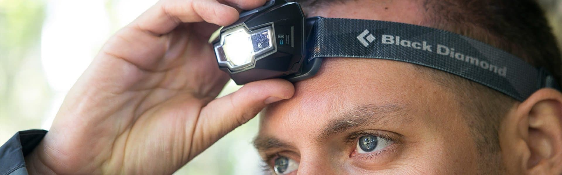 Best Headlamps for Hiking Reviewed in Detail