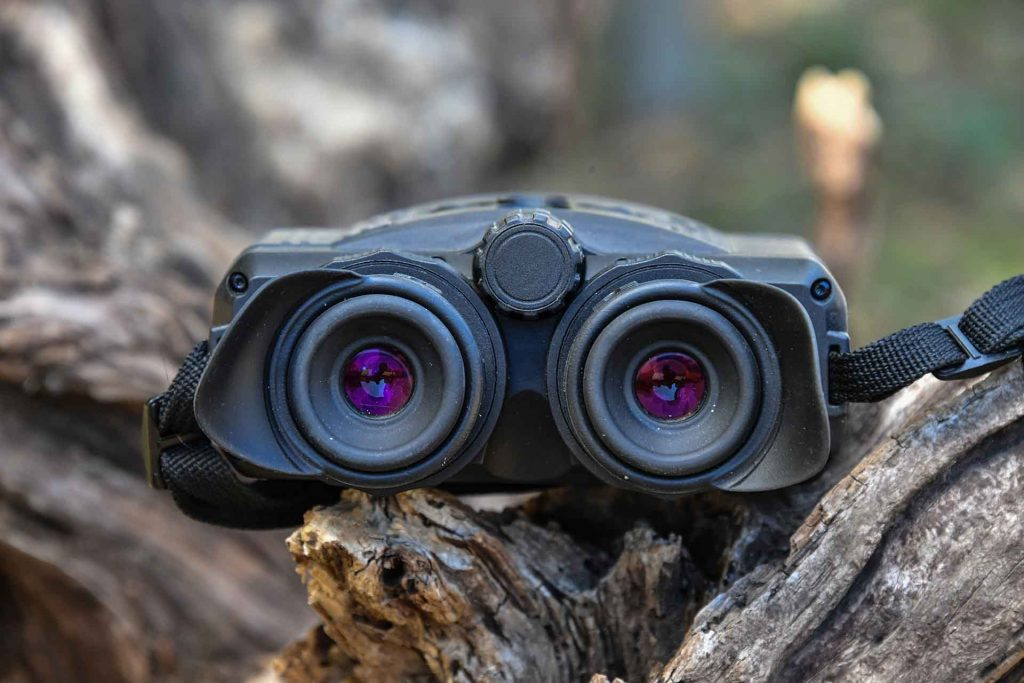 pulsar-accolade-xq38-thermal-binocular-front-view