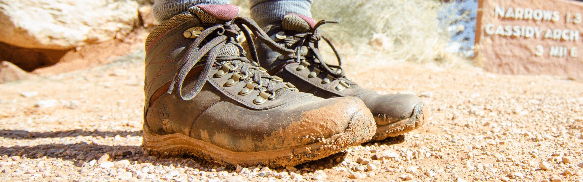Best Hiking Boots Under 100 Reviewed in Detail