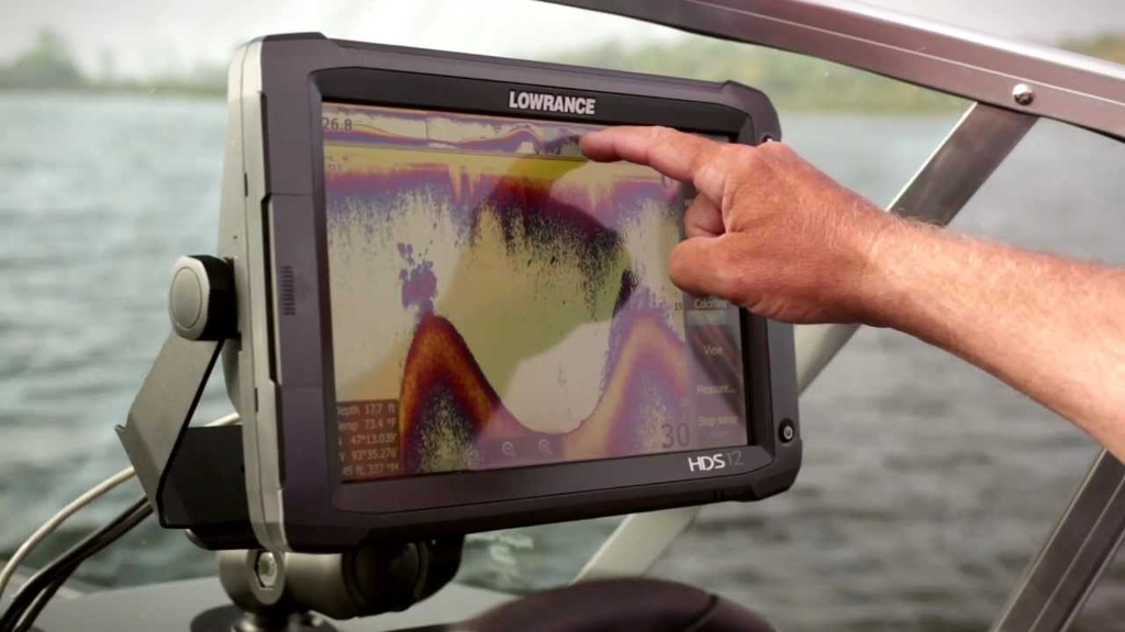 7 Great Fish Finder GPS Combos to Make Each Fishing Trip a Success