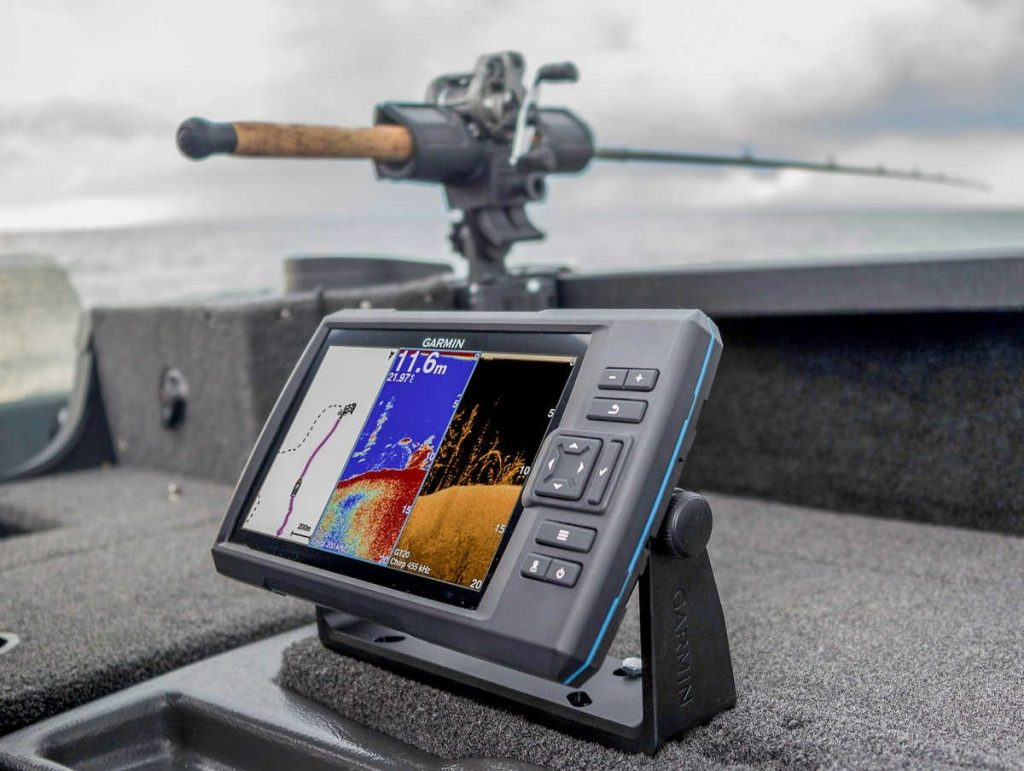Best Fishfinder GPS Combos Under 1000 Dollars — Reviews and Buying Guide