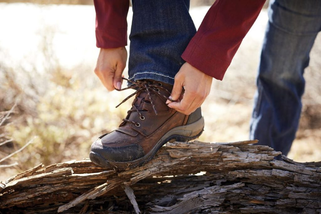 10 Best Hiking Shoes for Plantar Fasciitis - Eliminate Heel Pain!