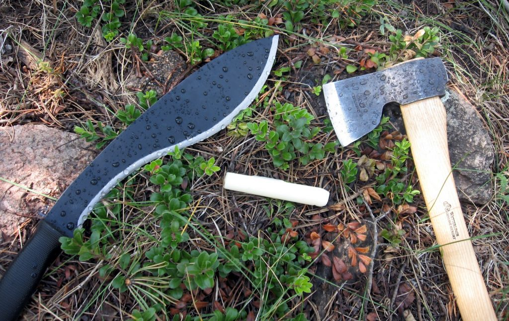 10 Best Machetes - Essential Survival Tool for any Adventurer!