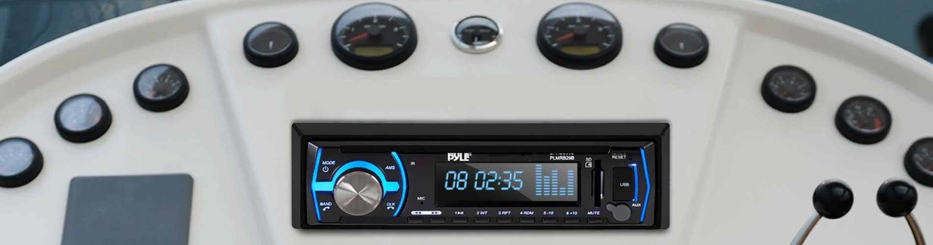 Best Marine Stereos Reviewed in Detail