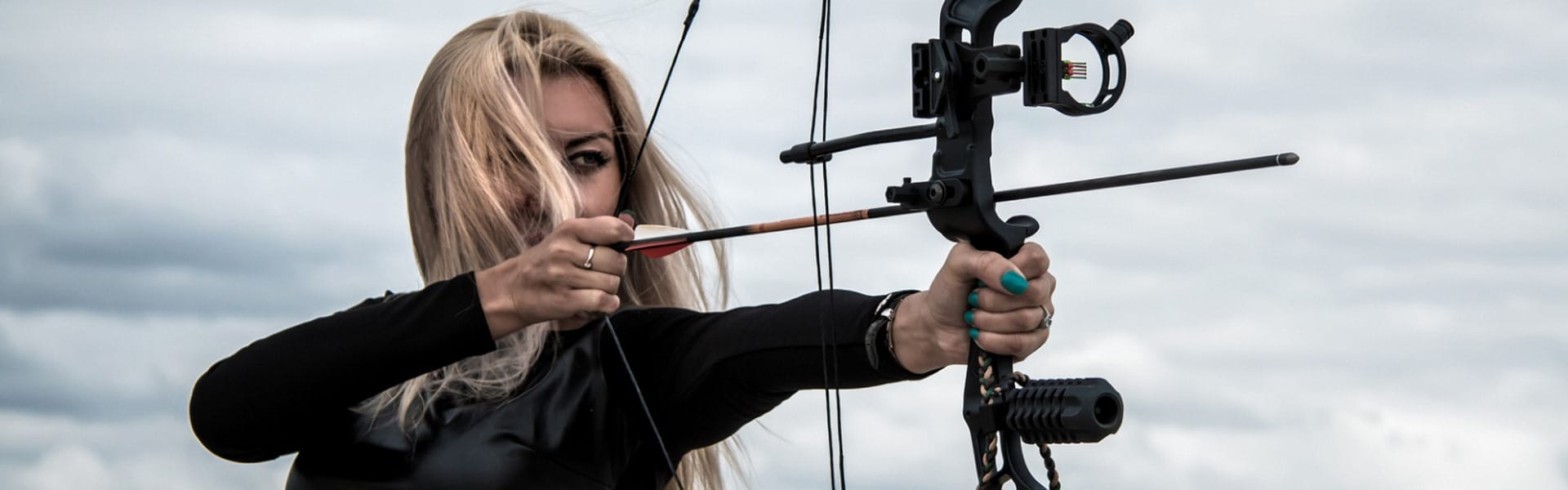 Best Compound Bows For Women Reviewed in Detail