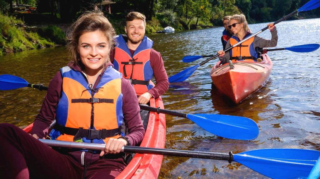8 Best Kayak Life Vests - Maximum Safety and Comfort!