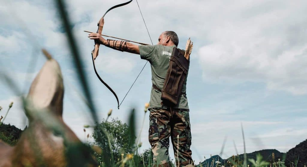 6 Wonderful Recurve Bows for Hunting - Shoot Your Target with Precision