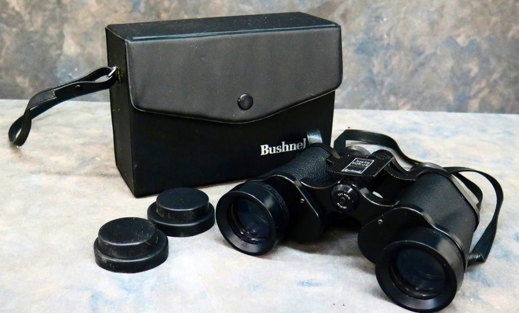 10 Best Binoculars for Hunting – Sharp Image in All Weather Conditions!