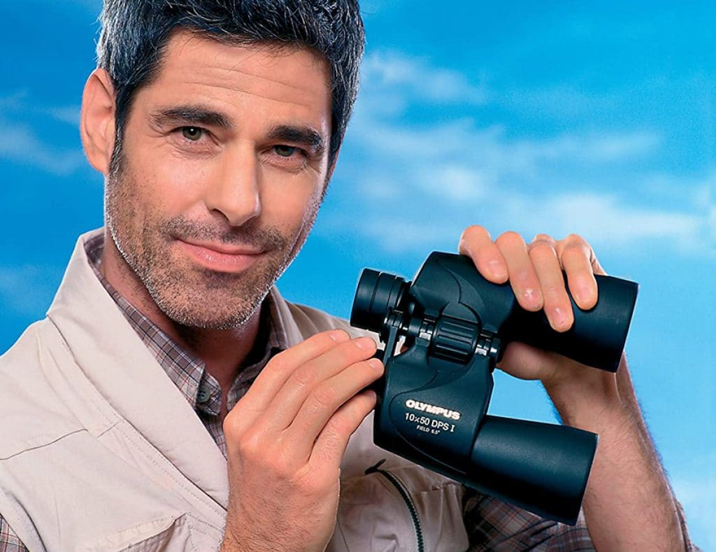 10 Best Binoculars under $100 – Explore the Nature with Proper Gear!