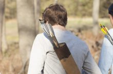8 Best Bow Quivers – Keep Your Arrows Sharp and Protected!