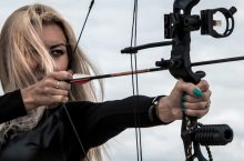 5 Outstanding Compound Bows For Women To Practice Shooting And Hunt