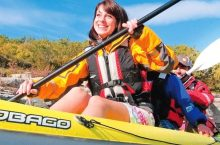 8 Best Kayak Life Vests – Maximum Safety and Comfort!