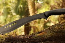 10 Best Machetes – Essential Survival Tool for any Adventurer!