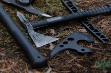 5 Best Throwing Tomahawks, Axes and Hatchets – Balanced Weapon for Sports and Camping